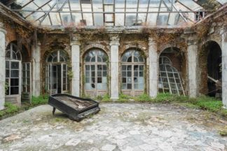 Urbex, explorations, abandonnée, exploration, interdit, lieux, visite, paris, urbexsessions, explorateurs, lieux abandonnées, urbex exploration, maison abandonnée, abandoned places europe, château abandonnée, reportages photographiques, art signé, certificat d'authenticité, galerie art, photographie art, photos art, yellowkorner, acheter, œuvres photographiques, cadeaux, collection friches industrielles, artworks, limited edtion, urban exploration, urbex photographies, urbex en europe, France, Italie, Allemagne, etats-unis, pologne, Belgique, Espagne, Portugal, acheter de l'art, artphotolimited, lumas, œuvres d'art, décoration, 30 exemplaire, tirage limités, ultra limité, tirages originaux, buy art, buy artworks, artistes, site de photographe, present, french artist, exhibitions, limited art from France, pianos, nature takes over, remind me a past grandeur, architecture, decay, lost. acheter photo d art, tableau moderne, photo art, galerie photo en ligne, acheter photo, photo artistique, tableau artiste.