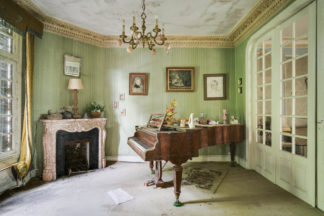 abandoned piano France, piano abandonné en France