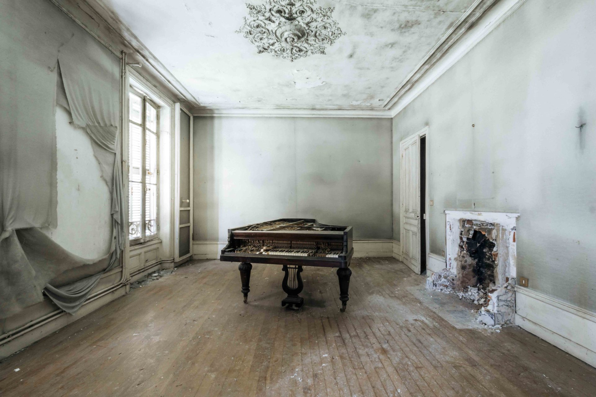 Requiem pour pianos 10 | Serie Requiem pour pianos | Romain Thiery | France
