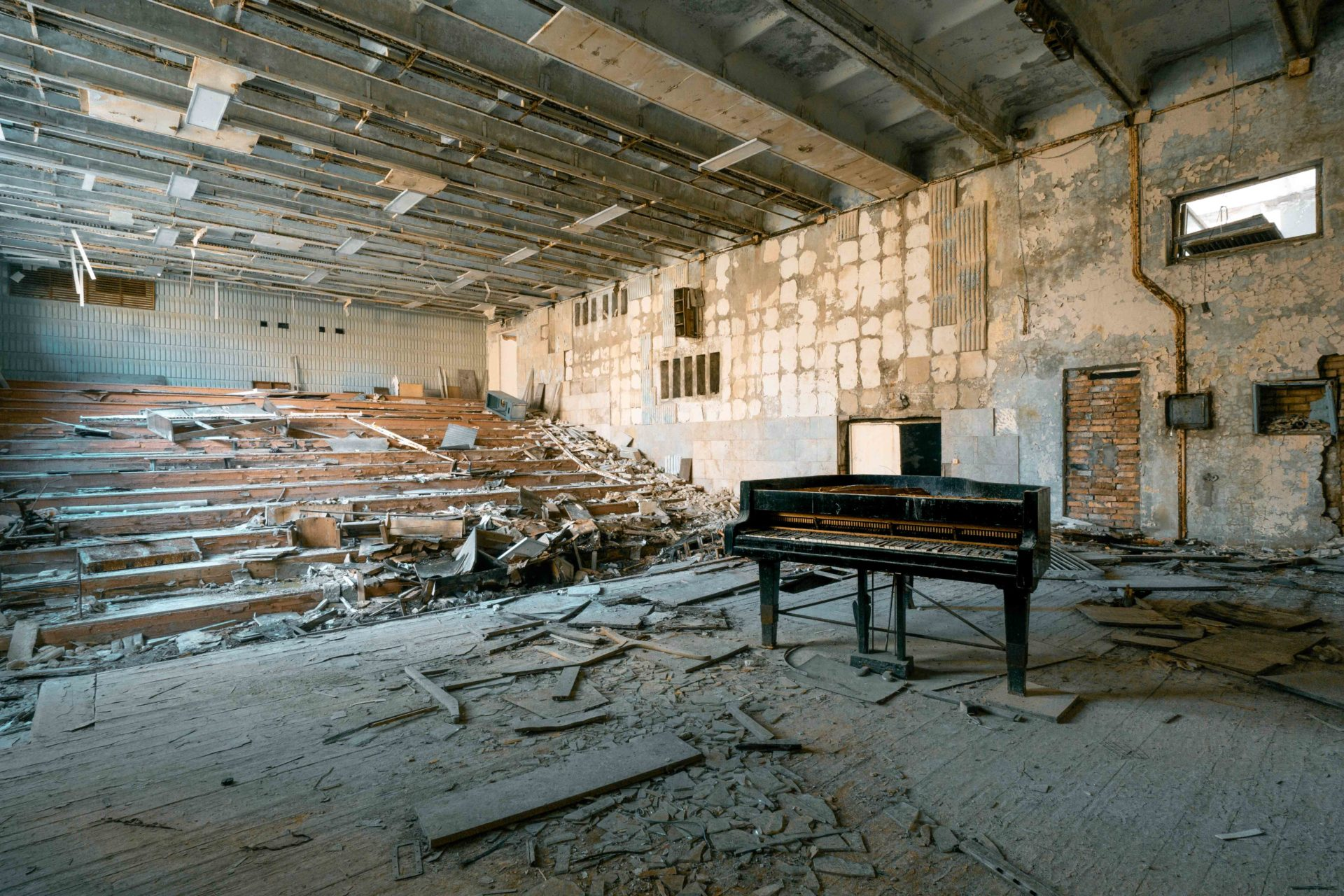 Requiem pour pianos 5 | Serie Requiem pour pianos | Romain Thiery | Chernobyl