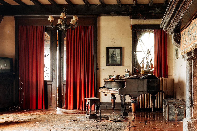 requiem pour pianos 35 | Serie Requiem pour pianos | Romain Thiery